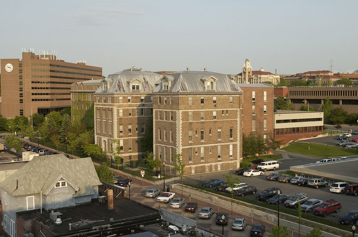 Picture of Huntington Hall