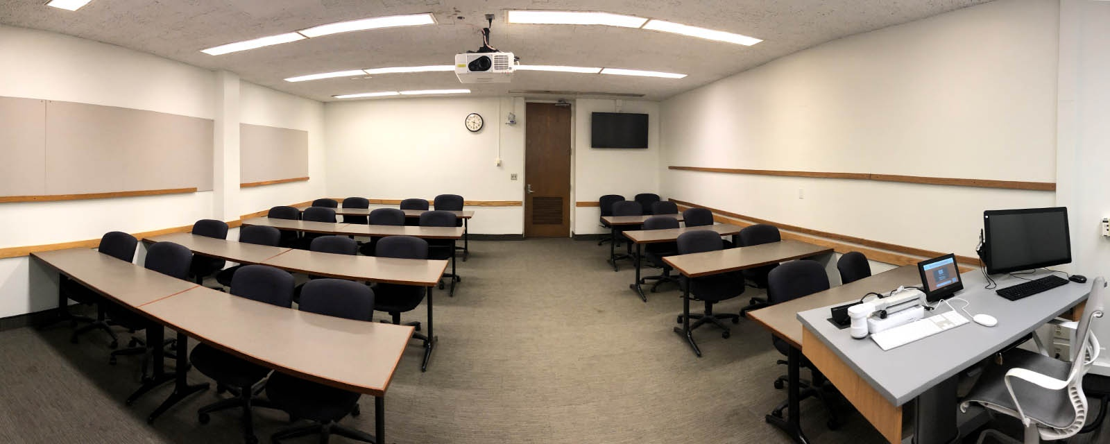 Panorama room 212 teacher view, movable chairs, teaching station front right