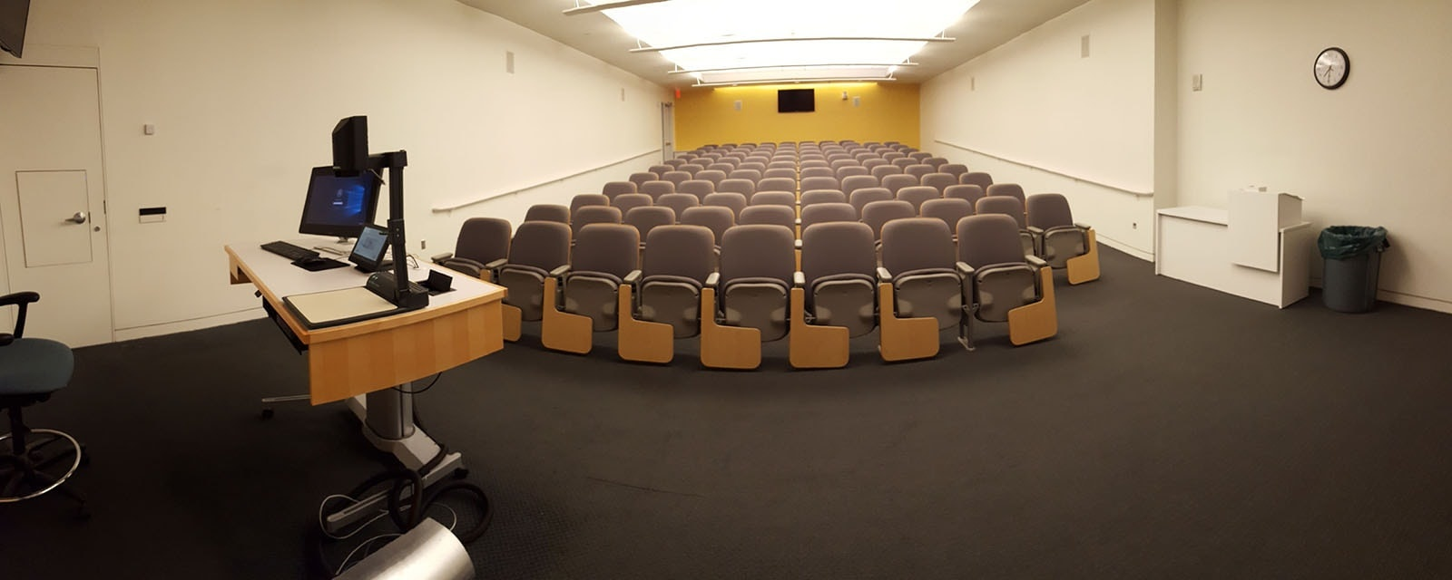 Panorama of Newhouse 3 141 from front of room, movable chairs, teaching station front left