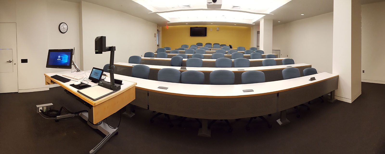 Panorama of Newhouse 250 from front of room, movable chairs, teaching station front left