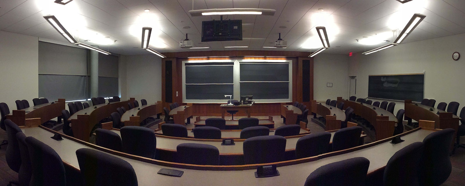 Panorama SOM 203 from back of room, stadium seating, moveable chairs, teaching station in front center