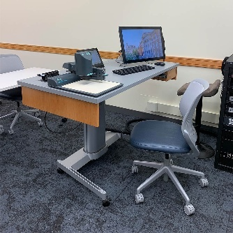 Eggers 111 teaching station